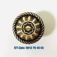 Báo giá nơi bán mẫu Núm cửa tủ hoa bằng đồng đen-vàng đường kính 32mm NT-004 giá rẻ tại Hà Nội