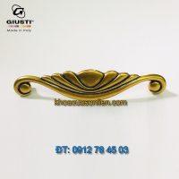 Báo giá Tay nắm tủ đẹp tân cổ điển màu đồng giả cổ Placcato Oro của hãng Giusti - Italy