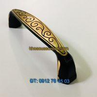 Nơi bán Tay nắm tủ bằng đồng dây hoa màu vàng đen 2111 - 96mm tại Hà Nội